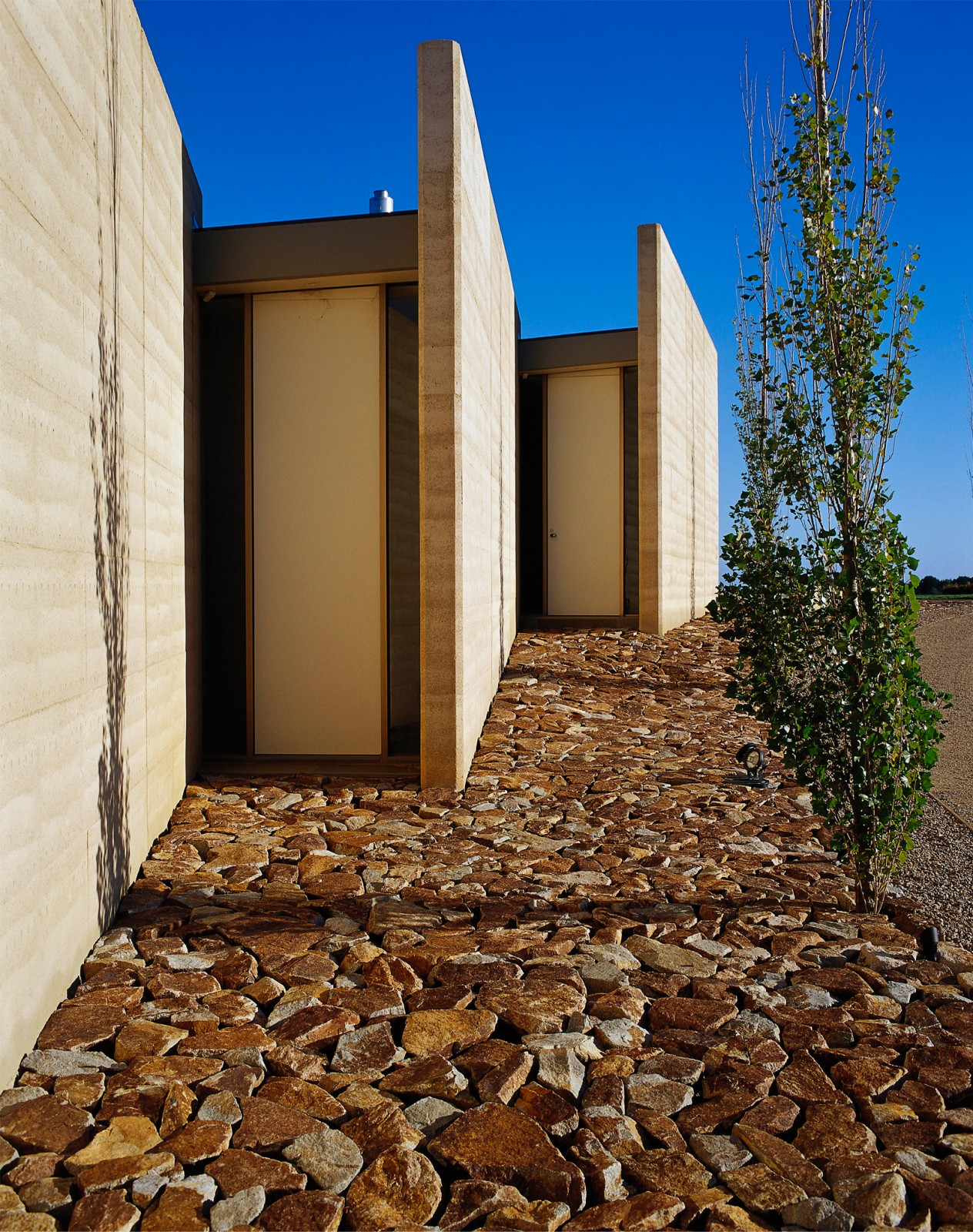 Earth house jolson architectural styles